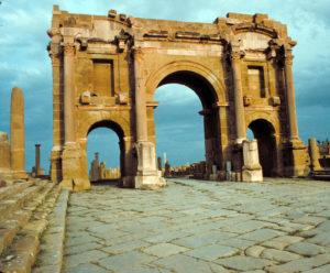 Algeria 06 Timgad Arc