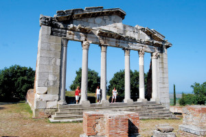 Apollonia Bouleuterion