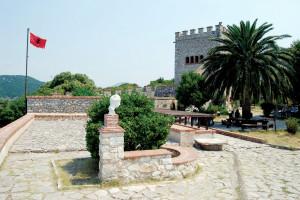 Butrinto - Palazzo della Triconca