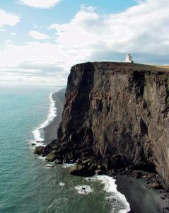 Islanda Faro e mare