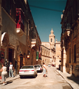 Malta strada campanile