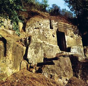 Tomba rupestre a Norchia