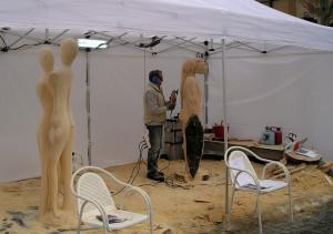 Mercatini di Natale, gara di scultura del legno